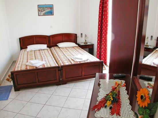 Mimoza Apartments: 7