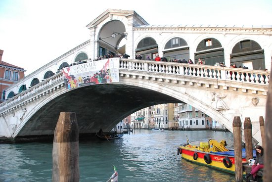 Rialtobrücke: Rialto