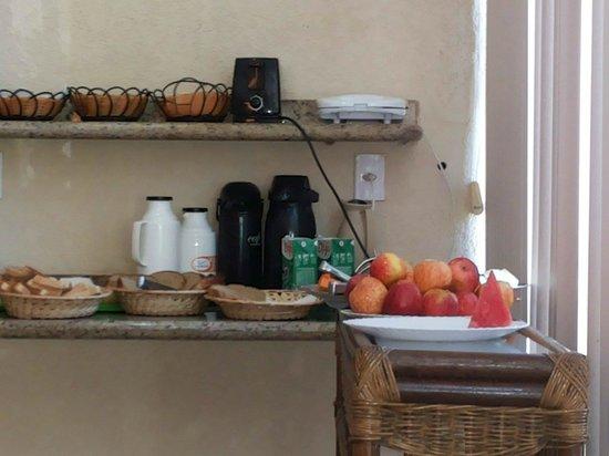 Ondas do Forte Pousada: Café da manhã