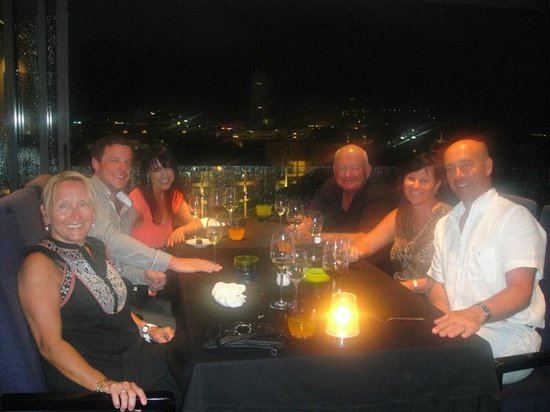 The 9th Floor: A beautiful dining experience