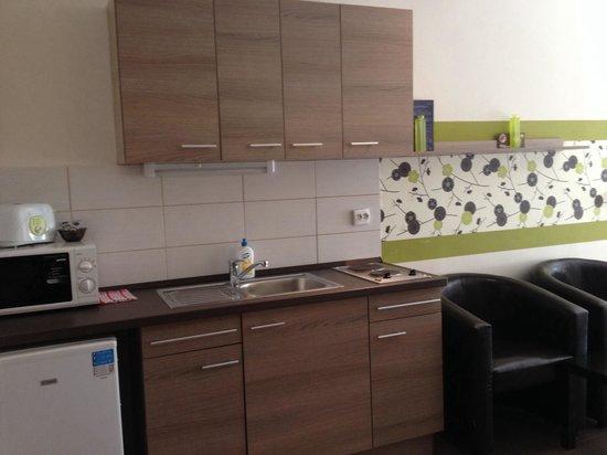 K9 Residence: Cucina