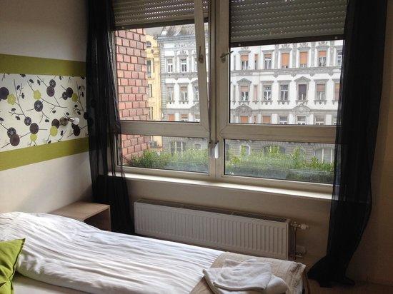 K9 Residence: Bed