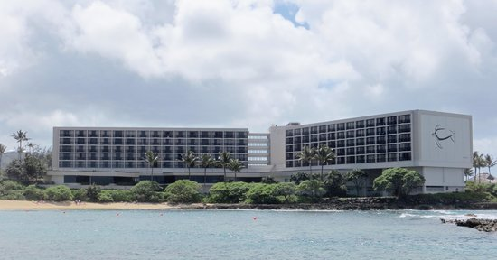 Turtle Bay Resort: View from lava flow across lagoon