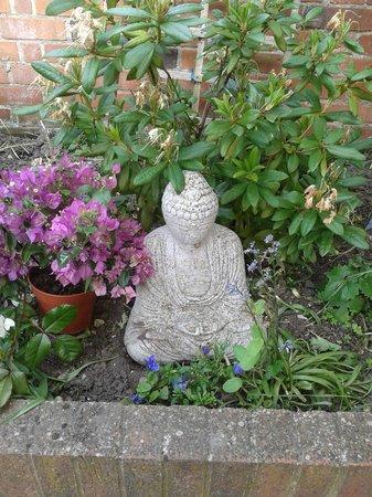 Langmead Guest House: garden