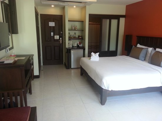 Poppa Palace Hotel Phuket: Номер