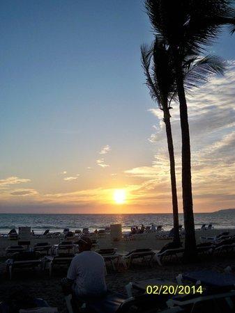 Hotel Riu Vallarta : sunset