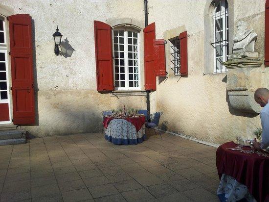 Chateau d'Aiguefonde : Стол уже накрыт
