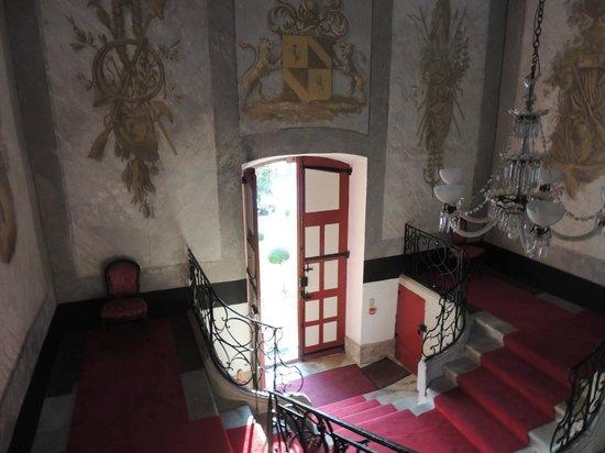 Aiguefonde, Francia: парадная лестница