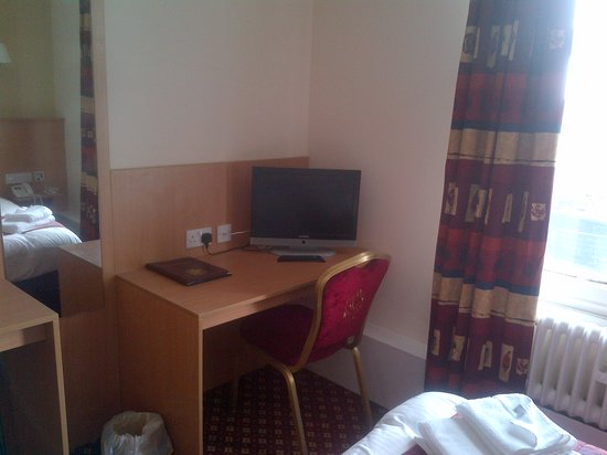 Best Western Crewe Arms Hotel: Double room
