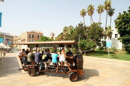 BiciLoca - Beer Bike Barcelona