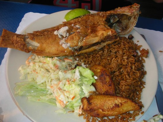 Zorba's Greek Restaurant: Fried red snapper