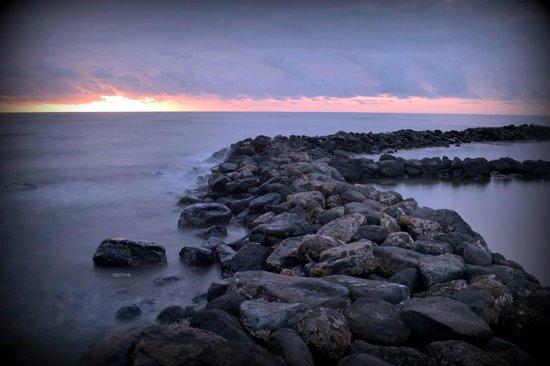 Aston Aloha Beach Hotel: sunrise