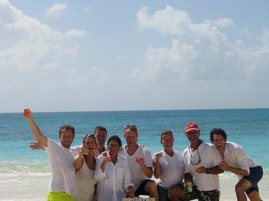 Barbuda Express : The Gang on Barbuda