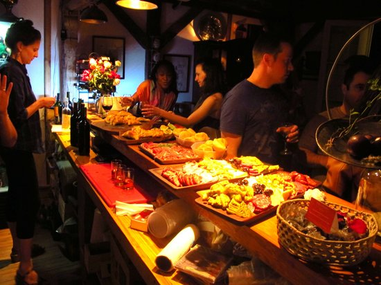 Finca Ogawa: night time activities in the wine bar