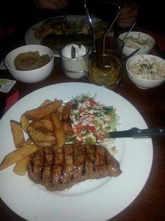 Cattlemens: 8oz Sirloin Steak