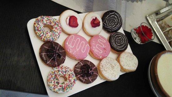 Glazed : Doughnuts