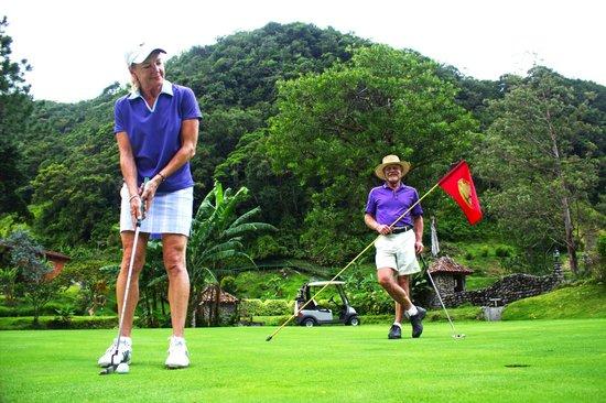 Valle Escondido Resort Golf & Spa: Golf
