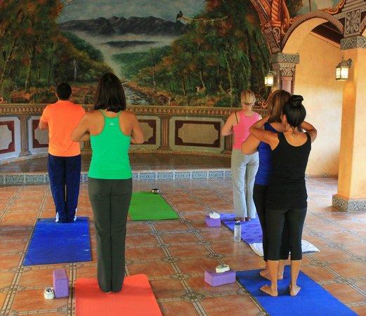 Valle Escondido Resort Golf & Spa: Clases de Yoga