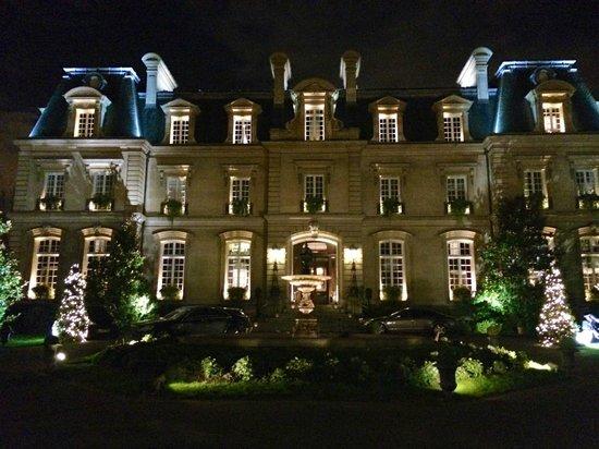 Saint James Paris - Relais et Châteaux : Vue de nuit