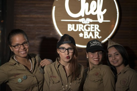 Photo of American Restaurant Chef Burger at Calle 11a # 42-05, Medellin 050021, Colombia