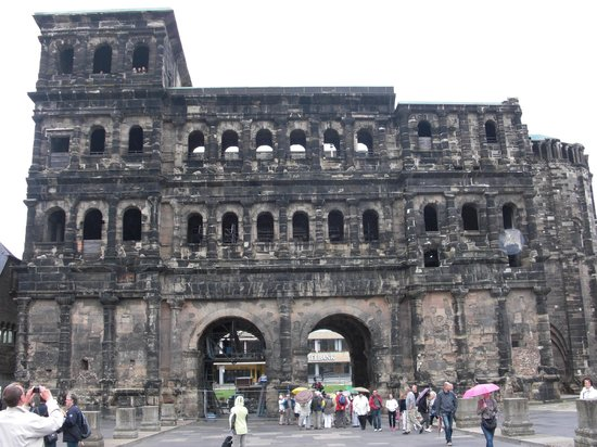 Secrets of the Porta Nigra: Porta Nigra