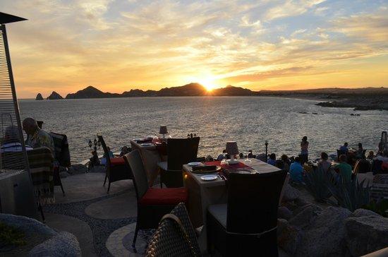Sunset Mona Lisa : Outdoor Seating/Views