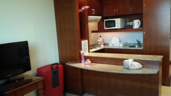 Pearl City Suites: coin cuisine