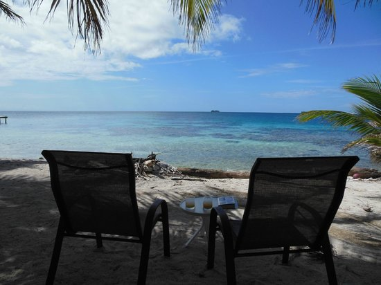 Utila Cays: Shady spot to relax