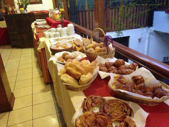 Amerinka Boutique Hotel: disfrute de nuestro desayuno variado...