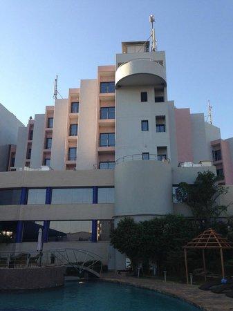 "Radisson Blu Hotel, Bamako: Hotel côté ""cour"""