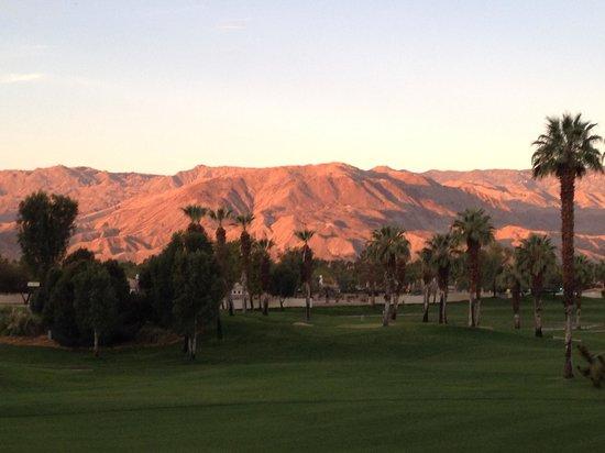 Marriott's Desert Springs Villas II: mountain view