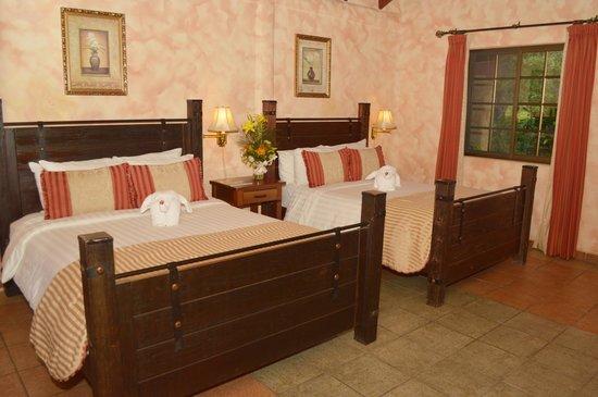 Valle Escondido Resort Golf & Spa: RiverSide Bungalows