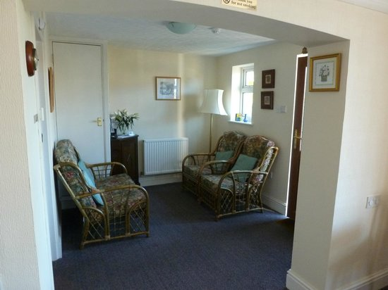Beech Lodge Bed and Breakfast : Reception area