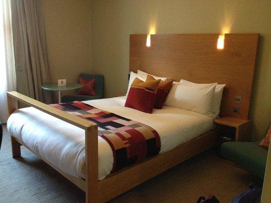 Hotel Megaro: Standard double bed