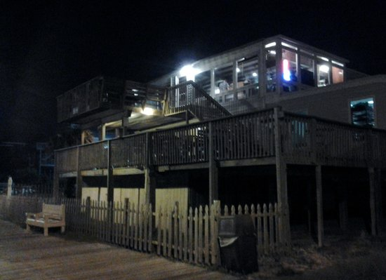 Crab's Claw: Beach side with seating on upper deck