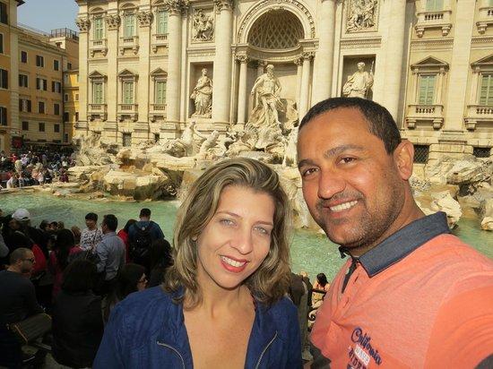 Trevi-Brunnen (Fontana di Trevi): Eu e meu amor na Fontana di Trevi