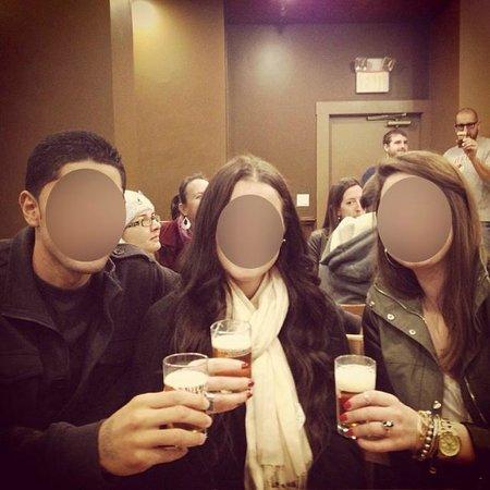 Samuel Adams Brewery : Sampling in the tasting room with mini glasses
