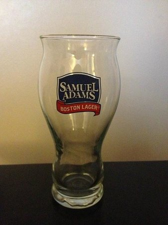 Samuel Adams Brewery : Full size glass you keep when ordering a Sam Adams beer at Doyles