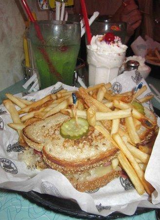 Corvette Diner: Reuben sandwich.