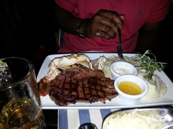 Blue Lobster: steak enteree