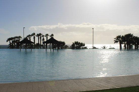 Gran Melia Palacio de Isora Resort & Spa : Infinity pool