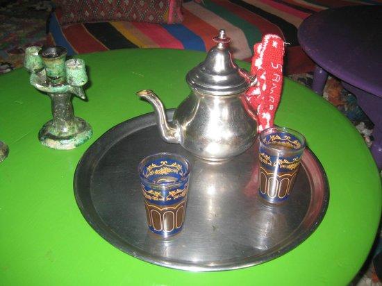 Douar Samra : Energising mint tea