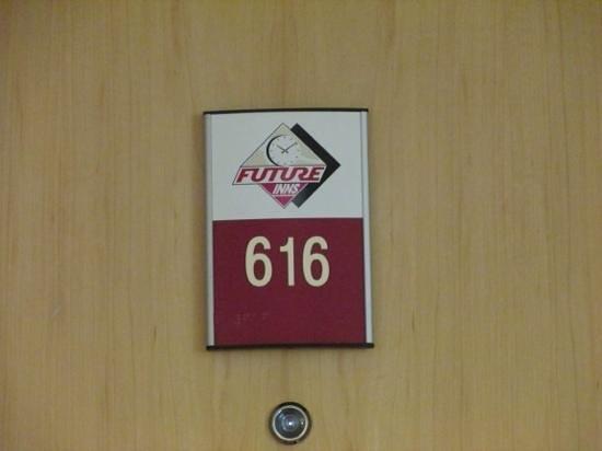 Future Inn Cardiff Bay: Our room.