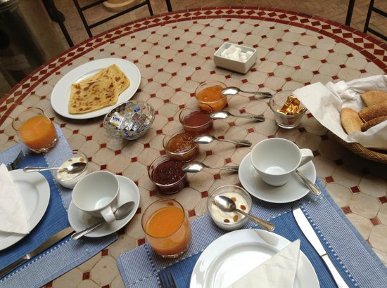 Riad Itrane : the start of Breakfast... before the omelettes, eggs, coffee, Oj etc