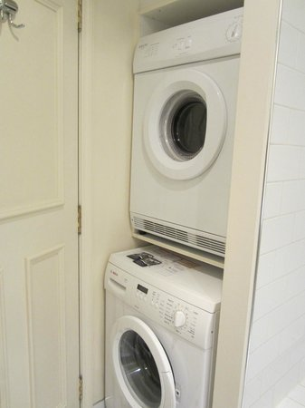 Heritage Christchurch: Washer and dryer behind the door
