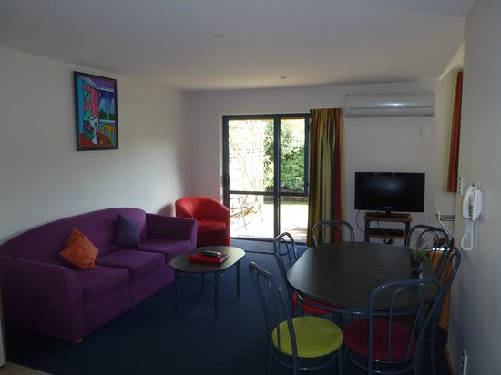 Hanmer Springs Scenic Views Motel: Family unit lounge
