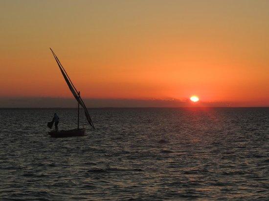 andBeyond Benguerra Island : Sonnenuntergang direkt am Strand