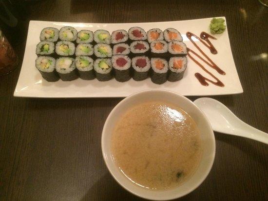 Samouraï Sushis : Une petite soupe miso et un petit menu