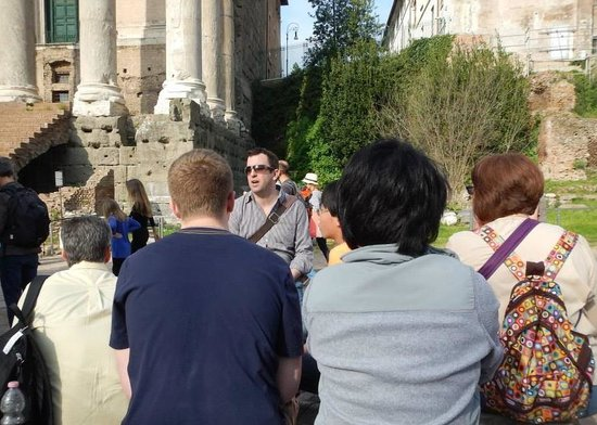 3 Millennia Day Tours: One of the points where Tony pulled us aside to tell us stories about the surrounding structures