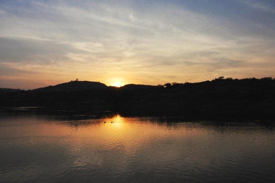 Kaylana Lake : Sunset at Kailana Lake
